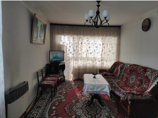 Շտապ առանց միջնորդի վաճառվում է բնակարան Շենգավիթում