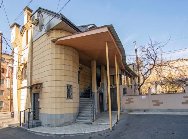 oravardzvov-3-senyakanvoc-apartament-big-18