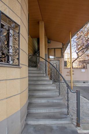 oravardzvov-3-senyakanvoc-apartament-big-20