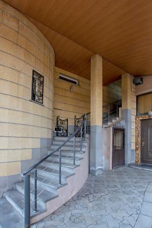 oravardzvov-3-senyakanvoc-apartament-big-19